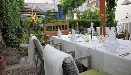 Stadtwirtshaus Hopferl-Gmuend-Gastgarten