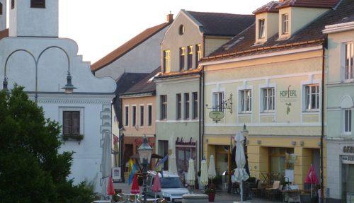 Stadtwirtshaus Hopferl-Gmuend-Lokal